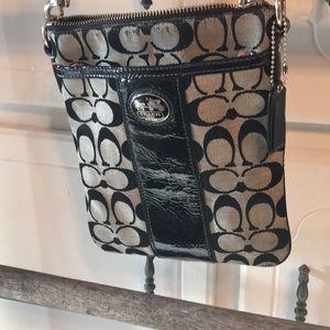 Handbags - Nice crossbody black